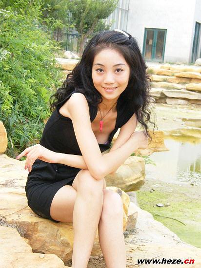 曾获得上海人头马超级模特大赛冠军
