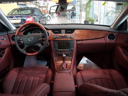 奔驰cls 350内饰 售价79.8万 奔驰四门轿跑cls 高清图片