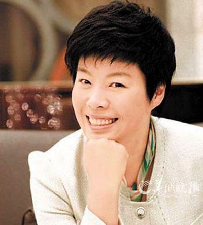 ...行的一场昆曲名家的演出上,北京师范大学教授于丹作为主办方