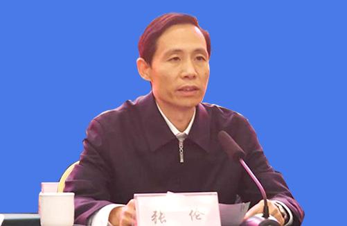 代理市长 张伦